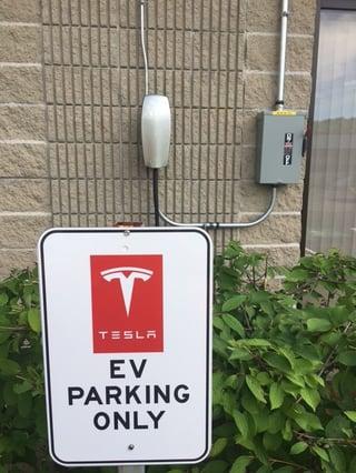 Tesla Charging Station 3_IMG_1384.jpg